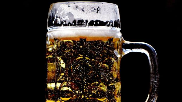 Cerveza (imagen referencial) - Sputnik Mundo