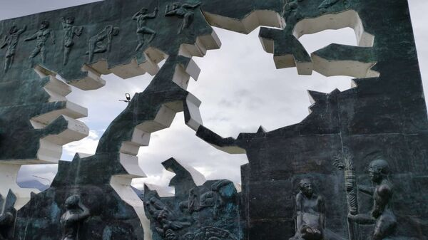 Monumento a los Caídos en Malvinas, en Ushuaia, Argentina - Sputnik Mundo