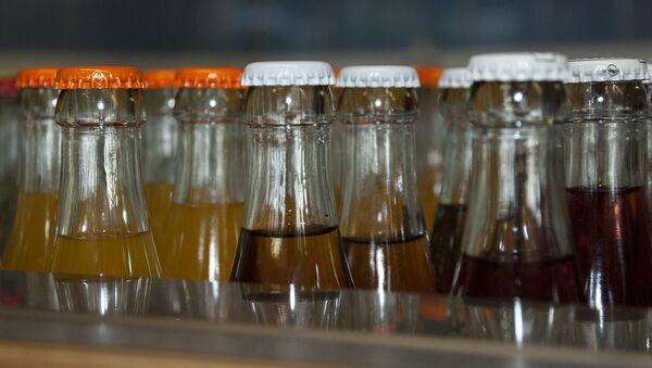 Botellas de refrescos - Sputnik Mundo