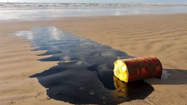 Un barril de petróleo - Sputnik Mundo