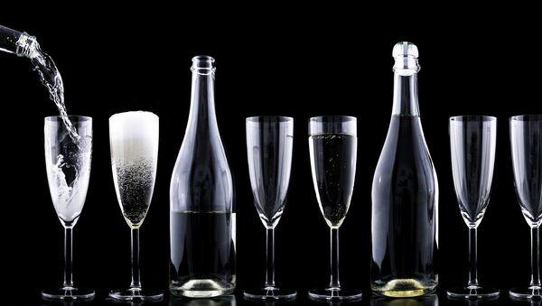 Alcohol (imagen referencial) - Sputnik Mundo