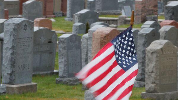 Cementerio en Malden, EEUU - Sputnik Mundo