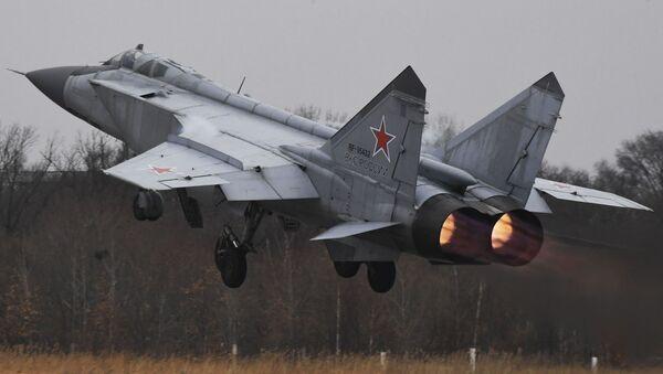 Un caza MIG-31 ruso - Sputnik Mundo