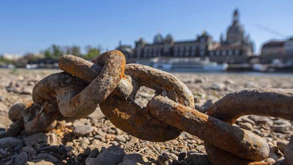 El río Elba se queda casi sin agua como consecuencia de la sequía en Alemania - Sputnik Mundo