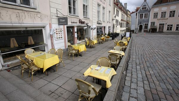 Una calle vacía en Estonia - Sputnik Mundo