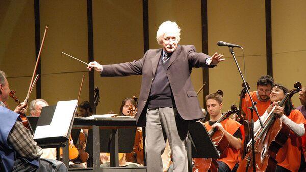 Federico García Vigil, compositor y director de orquesta uruguayo - Sputnik Mundo