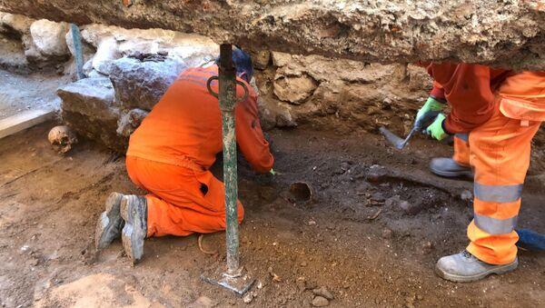 Pared de la Capilla de las Maravillas en la excavación arqueológica de Valladolid (España) - Sputnik Mundo