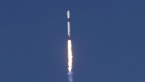 La misión Launch America parte rumbo a la estación espacial - Sputnik Mundo