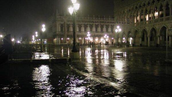 Consecuencias de la marea alta en Venecia - Sputnik Mundo