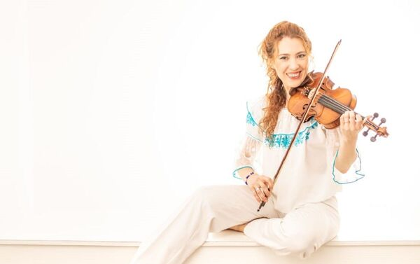 Marianna Kazakova, violinista rusa en Argentina  - Sputnik Mundo