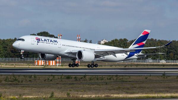 Avión de Latam - Sputnik Mundo