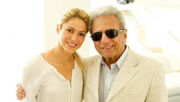 Shakira junto a su padre - Sputnik Mundo
