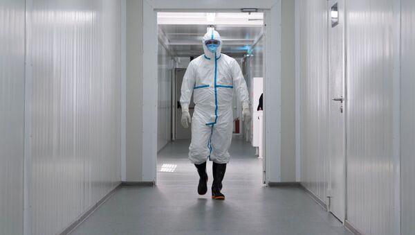 Un médico ruso (imagen referencial) - Sputnik Mundo