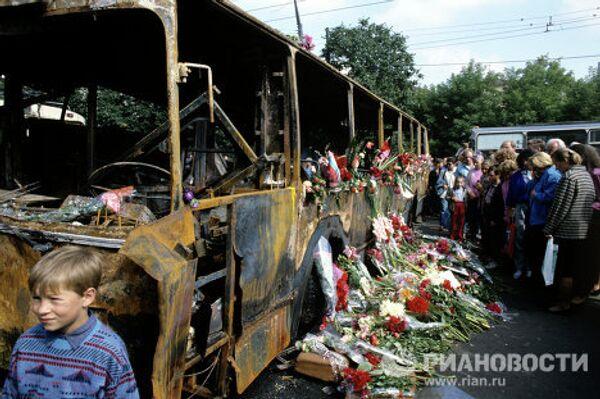 Tanques y barricadas en las calles de Moscu el 19 de agosto de 1991 - Sputnik Mundo