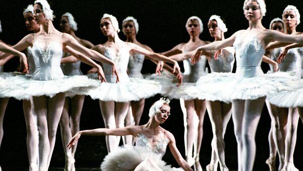 El célebre Teatro de ópera y ballet Mariinski de San Petresburgo  y sus estrellas - Sputnik Mundo
