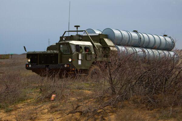 Misiles antiaéreos S-300 - Sputnik Mundo