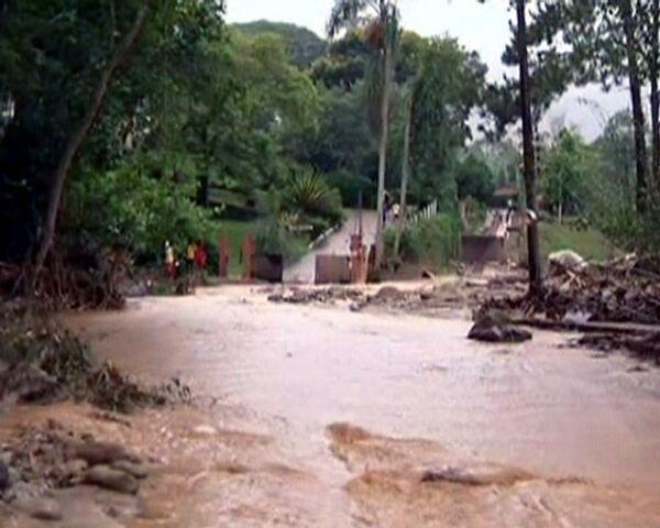 Brasil sufre su peor desastre natural con ciudades inundadas por ríos de barro - Sputnik Mundo