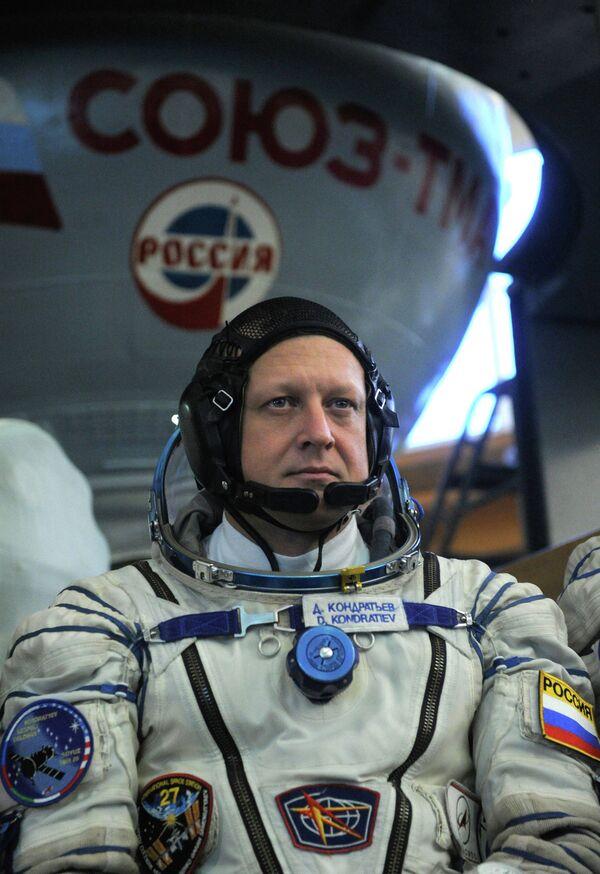 Dmitri Kondrátiev - Sputnik Mundo