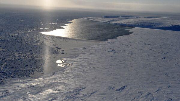 """Unos 300 expertos asistirán a la tercera edición del foro """"El Ártico, territorio del diálogo"""" - Sputnik Mundo"""