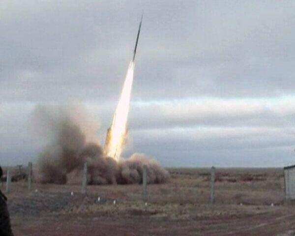 """Tropas rusas derriban en ejercicios misiles-blanco """"Strizh"""" y """"Kaban"""" - Sputnik Mundo"""