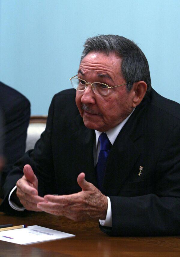 El presidente de Cuba Raúl Castro - Sputnik Mundo