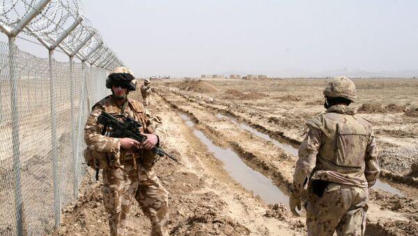 Comandos de misiones especiales de la policía afgana reciben pertrechos modernos de la ISAF - Sputnik Mundo