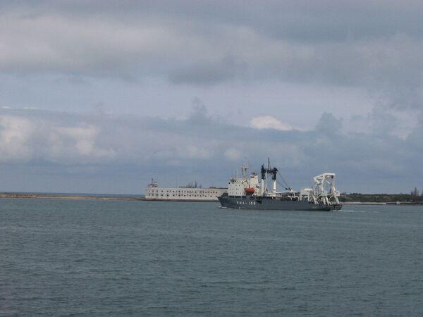 Buque ruso zarpó hacia España para participar en ejercicios navales de la OTAN - Sputnik Mundo