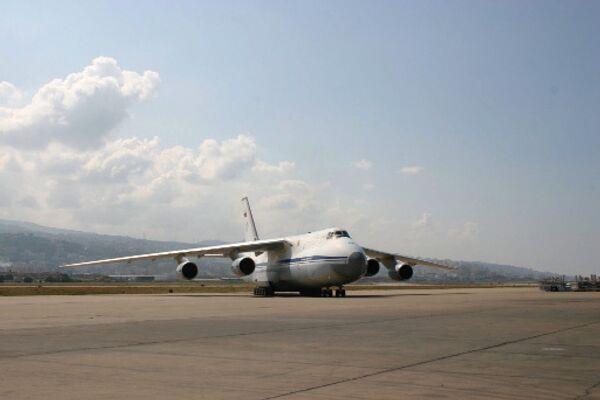 Rusia y Ucrania ultiman detalles para reanudar producción conjunta del avión An-124 - Sputnik Mundo