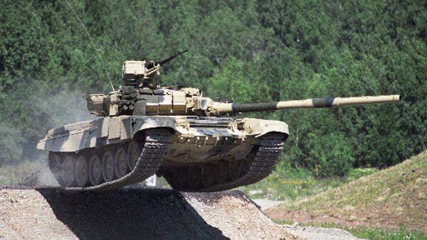 Rusia se propone adaptar sus tanques al combate urbano - Sputnik Mundo
