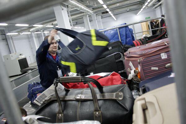 Pasajeros de aviones recibieron su equipaje sin demoras en el 99% de los casos durante 2011 - Sputnik Mundo