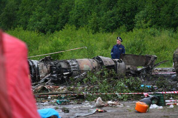 Accidente aéreo causa al menos 44 muertos y ocho heridos en el noroeste de Rusia - Sputnik Mundo