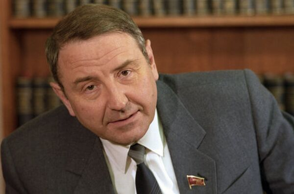 Oleg Baklanov - Sputnik Mundo