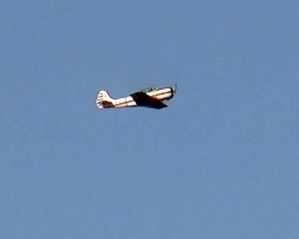 Aviones de tiempos de la Gran Guerra Patria vuelan sobre el cielo de Samara - Sputnik Mundo