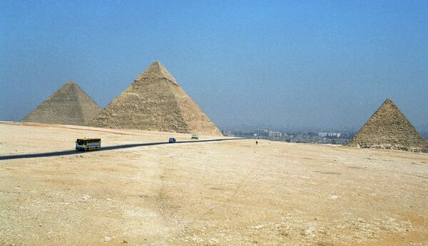Las pirámides de Giza - Sputnik Mundo