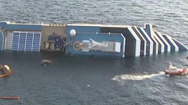 Militares realizan explosiones en Costa Concordia en busca de supervivientes - Sputnik Mundo