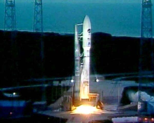 El avión espacial estadounidense X-37B inicia su nueva misión - Sputnik Mundo