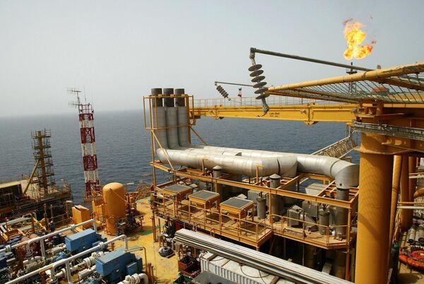 Teherán corta  el suministro del crudo a Alemania - Sputnik Mundo