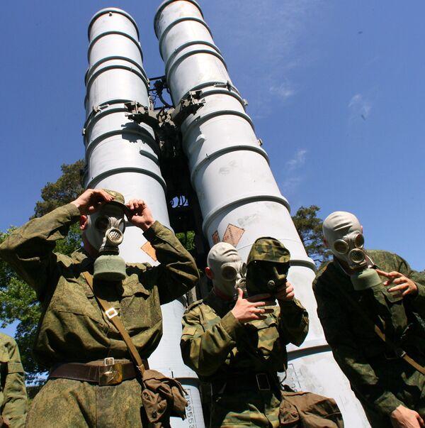 """General afirma que Rusia tendrá dentro de 1,5 años el """"equipo del soldado del futuro"""" - Sputnik Mundo"""