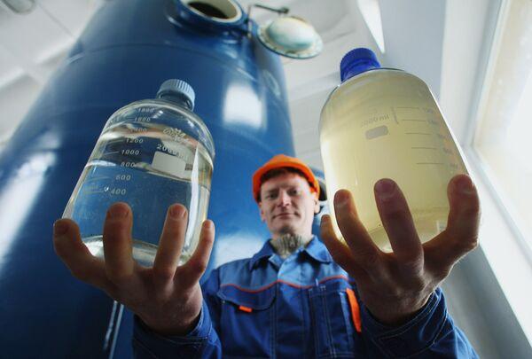 Experto advierte que los recursos del agua para consumo extenso se agotarán en 10-15 años - Sputnik Mundo