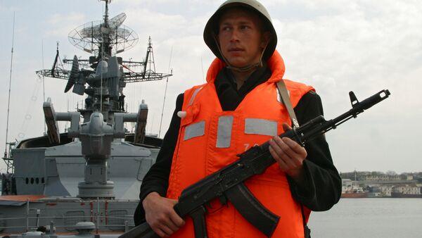 Rusia envía buques hacia Gaza para poder evacuar a sus ciudadanos - Sputnik Mundo