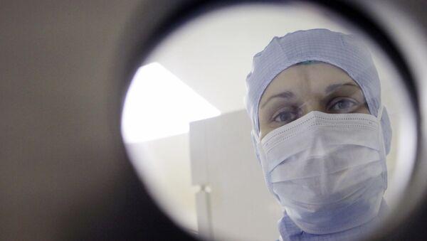 Científicos revelan siete factores para prevenir el cáncer y el infarto - Sputnik Mundo