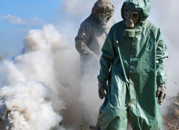 Rebeldes sirios tienen en su poder armas químicas procedentes de Libia según medios - Sputnik Mundo