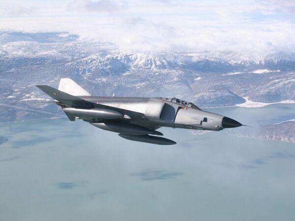 Avión de reconocimiento turco RF-4E - Sputnik Mundo
