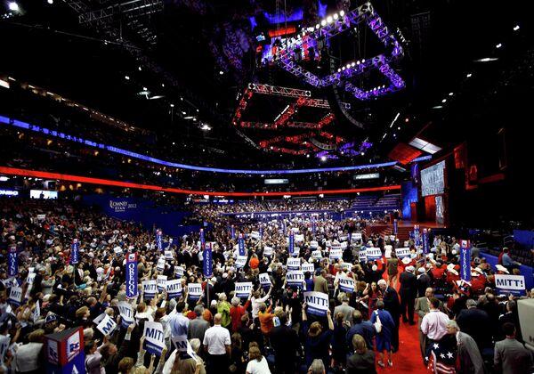 El Partido Republicano nomina oficialmente a Romney candidato a la presidencia de EEUU - Sputnik Mundo