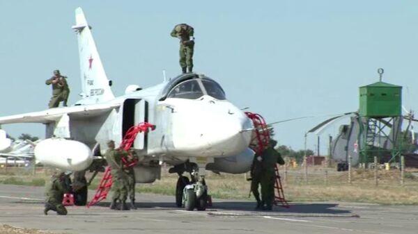 "Militares impiden a ""terroristas"" secuestrar bombardero Su-24   - Sputnik Mundo"