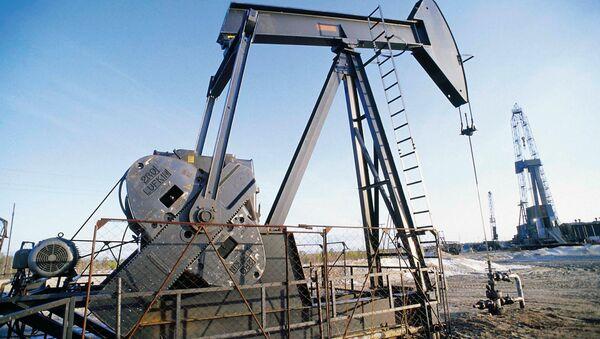 EEUU registra el mayor crecimiento de la extracción petrolera en 150 años - Sputnik Mundo