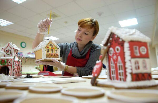 La casita de jengibre, el tradicional postre navideño - Sputnik Mundo