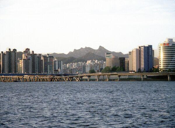 Washington sigue denegando a Seúl el permiso para enriquecer uranio - Sputnik Mundo