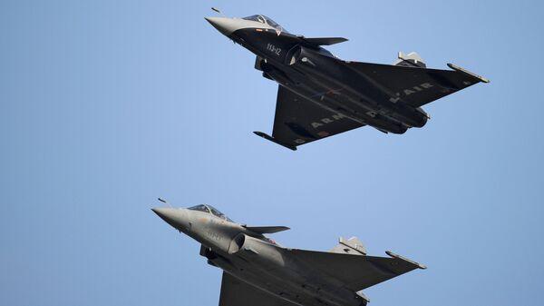 El caza francés Dassault Rafale  - Sputnik Mundo