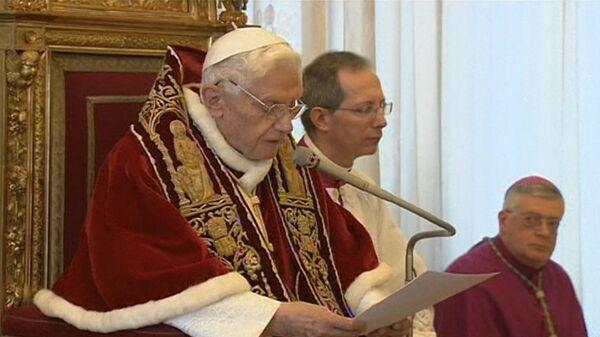 Benedicto XVI al frente de la Santa Sede. Imágenes de archivo - Sputnik Mundo